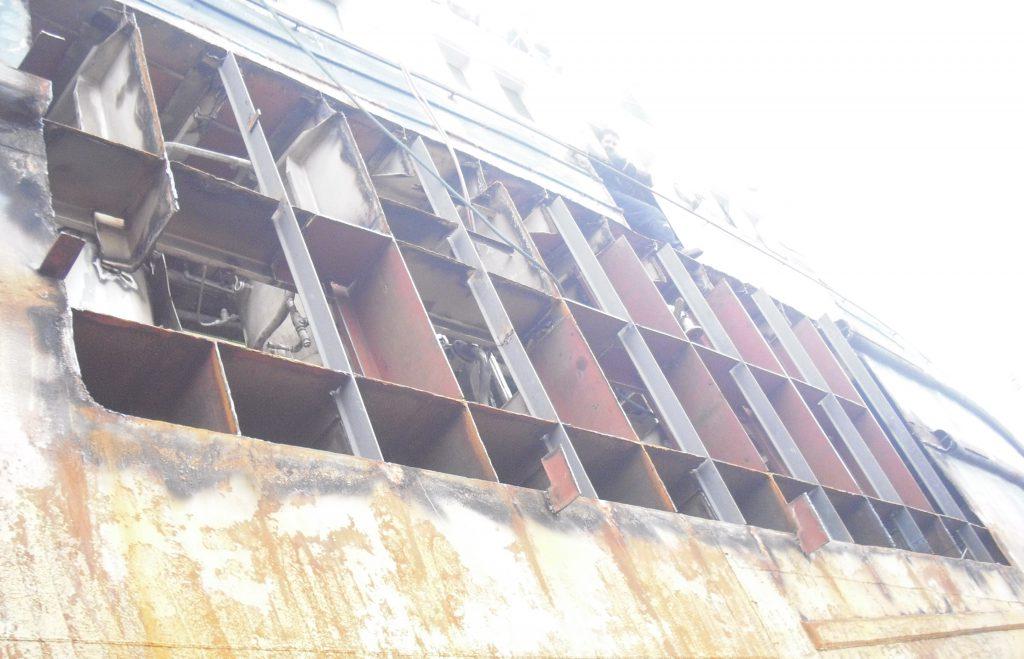 Steel Repair on Hull 02