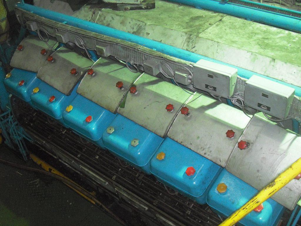 V type engine overhauling