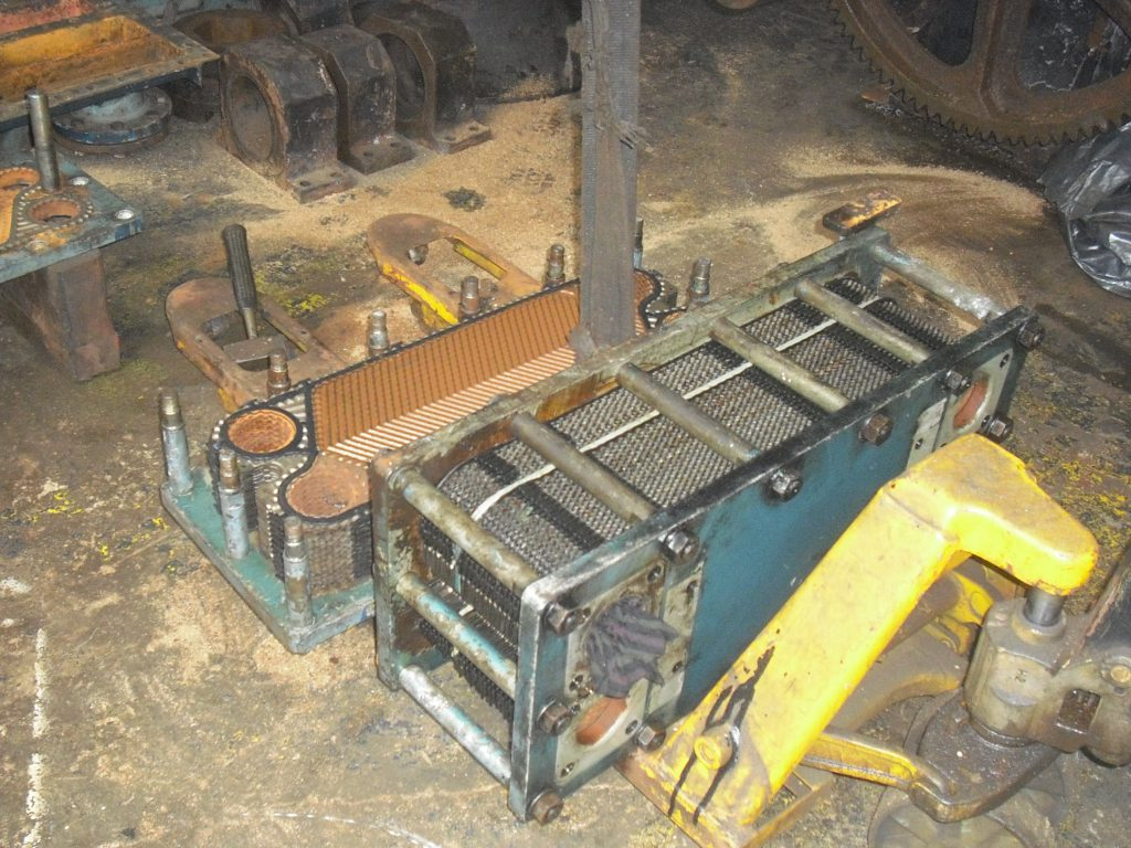 cleaning of plate type heat exchanger