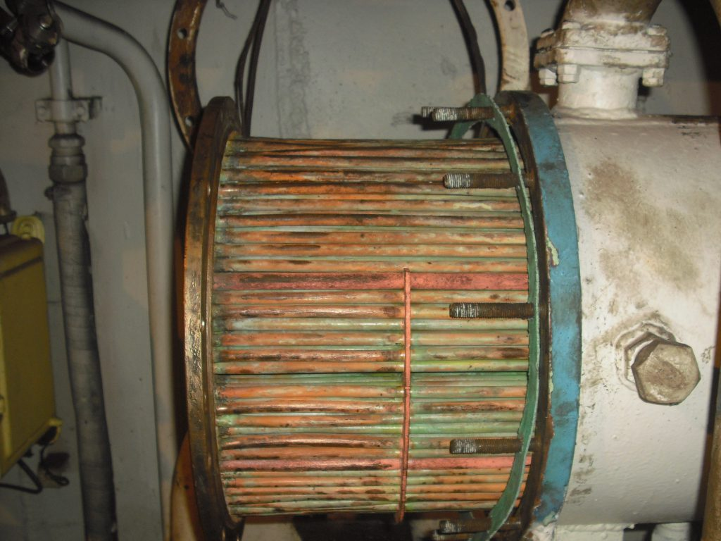 cleaning of tube type heat exchanger
