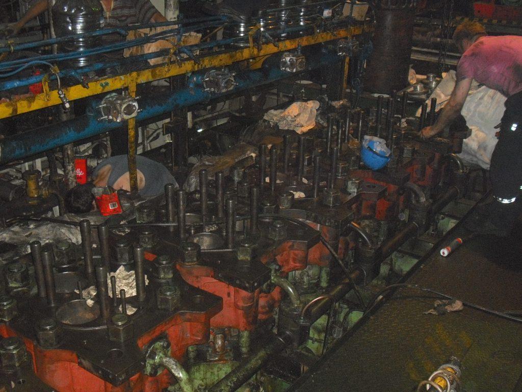 main engine overhauling 2
