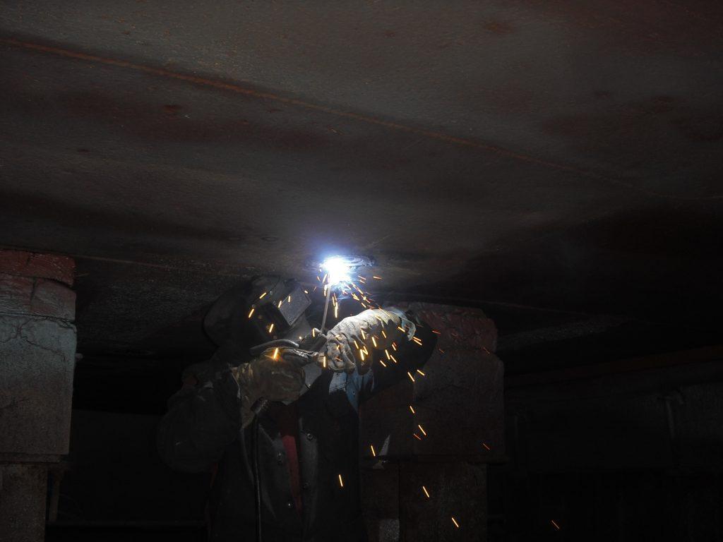 overhead welding