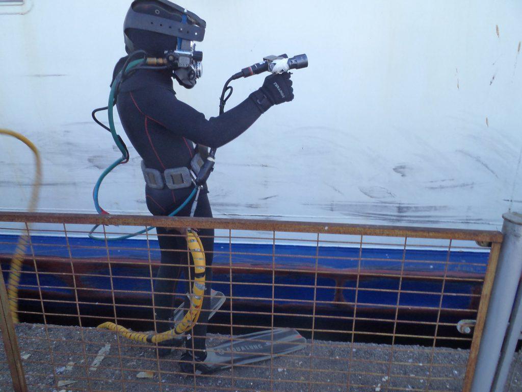 underwater inspection certified divers